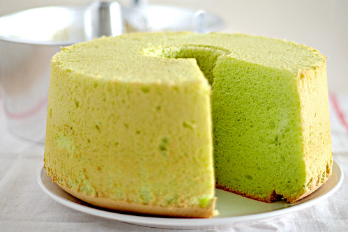 Pandan Chiffon Cake - Life Is Great