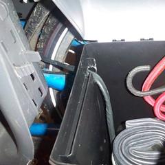 DIY electric Yuba Mundo battery box: inside detail.