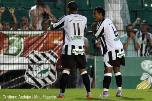 Figueirense 5 x 2 Brusque - 05 - Foto de Cristiano Andujar - Catarinense 2011 - 23012011 copy