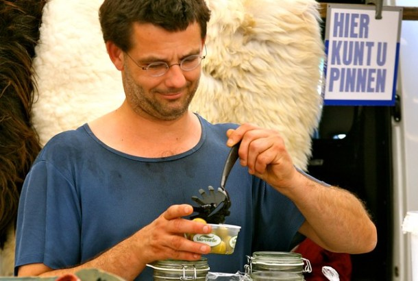 Raw milk farmer in Holland