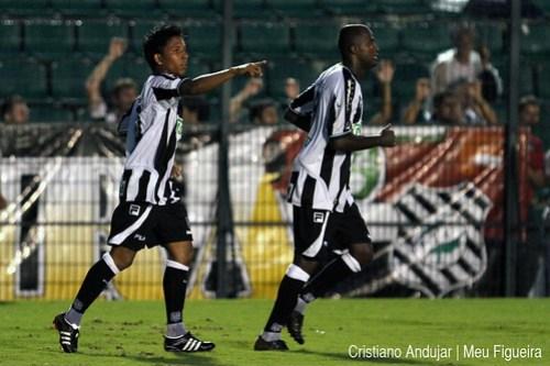 Figueirense 5 x 2 Brusque - 10 - Foto de Cristiano Andujar - Catarinense 2011 - 23012011 copy