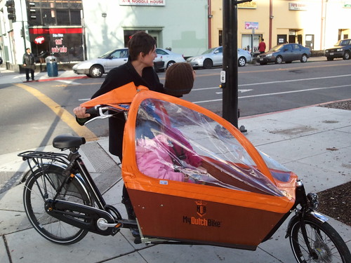 Ginger and her bakfiets
