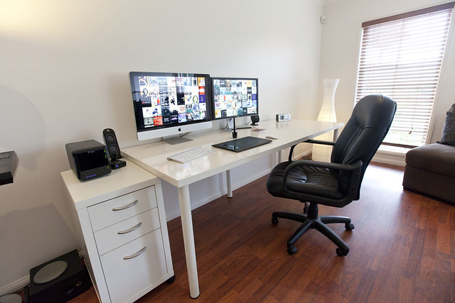 5666449477 c3094cf7d1 z Loft Office | Featured Workspace