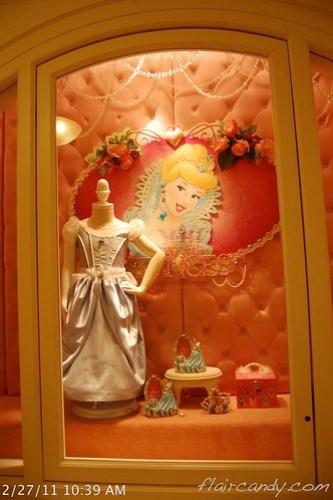 Hong Kong Disneyland 2011 Day 3 017