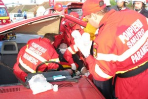 """Avertisment din partea salvatorilor de vieți: """"Cartea de salvare la bord"""" crește șansele de supraviețuire în caz de accident!"""