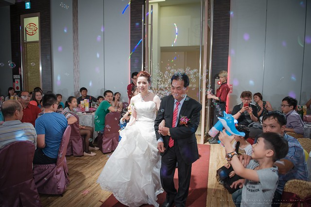 peach-wedding-20150510-386