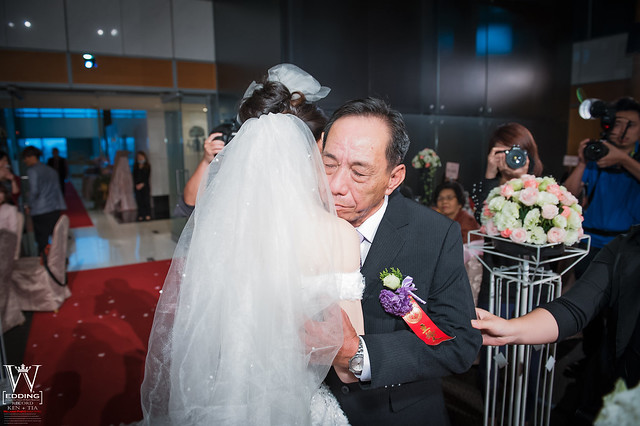 peach-wedding-20150412-715