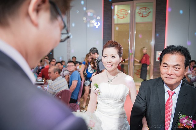 peach-wedding-20150510-390