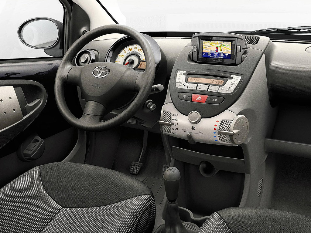 Interieur Toyota Aygo Toyota Aygo Connect 2010 Interior Toyota Motor Europe Flickr
