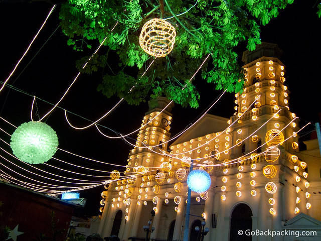 The Envigado Church decorated for Christmas (photo: David Lee)