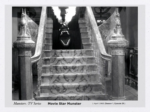 MUNSTERS Sets