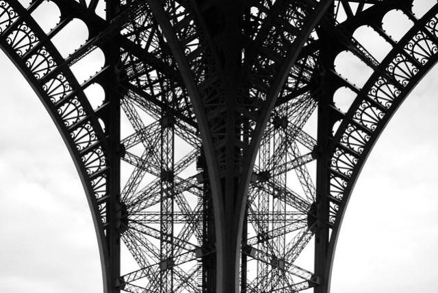 Eiffel Tower November 2009 por Scatman Otis