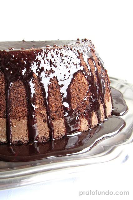 Bolo Molhado Chocolate & Coco (Sem Farinha)
