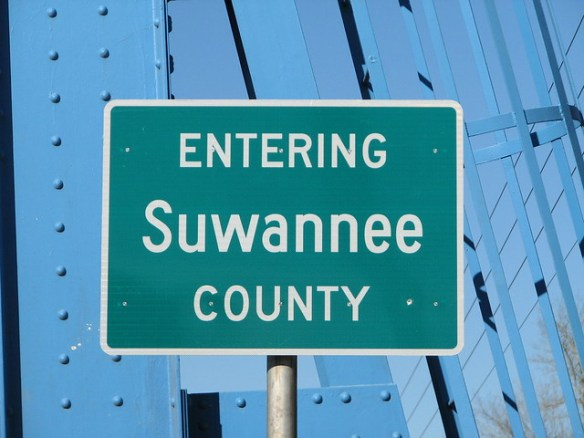 Entering Suwannee County