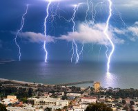 Picture of the Day: Long Exposure Lightning Storm ...