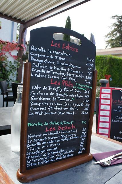 Provence Series: Le 9