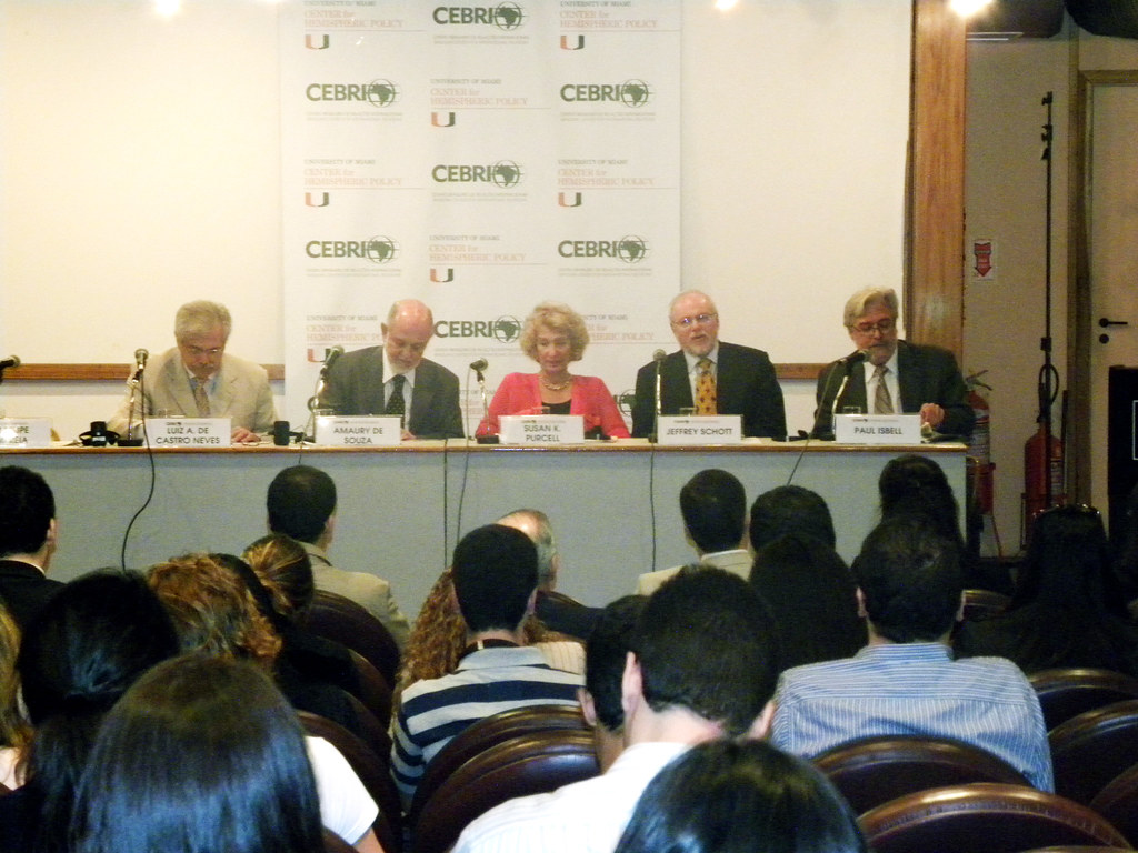 Mesa Redonda Evento Mesa Redonda Brazil Us Relations Looking Ahead Evento Rea Flickr