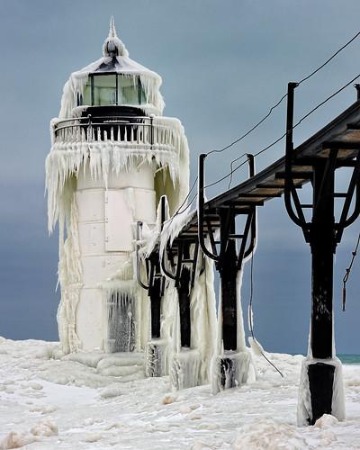 Frozen Light por John McCormick