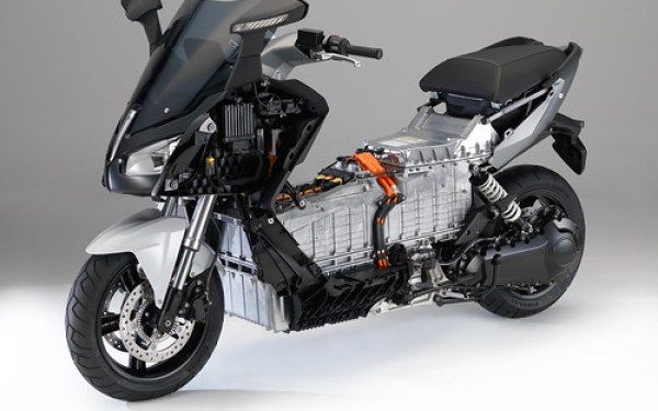 BMW C Evolution naked 03