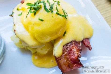 Chalkboard benedict (bacon) - poached eggs, potato cake & hollandaise