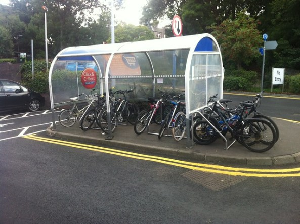 Tesco Cannonmills bike parking