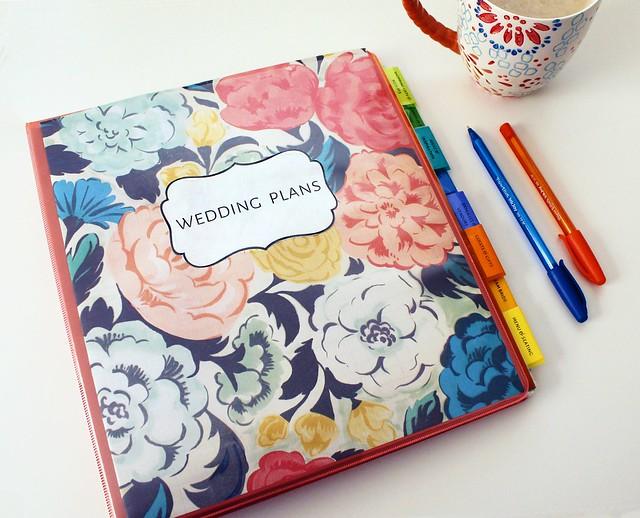 DIY Wedding Binder - Femme Fraiche