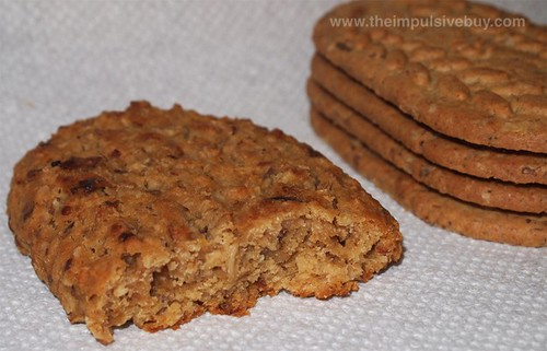 Nabisco belVita Soft Baked Breakfast Biscuits Banana Bread