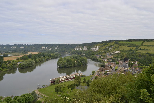 Visit Normandy _ The Seine and Les Andelys