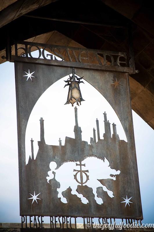 Harry Potter World Hogsmeade Sign