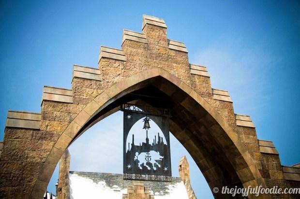 Harry Potter Hogsmeade Arch