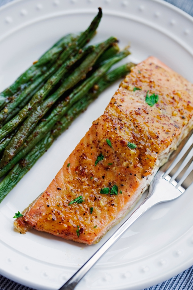 One-Pan-Honey-Mustard-Salmon-and-Green-Beans-2