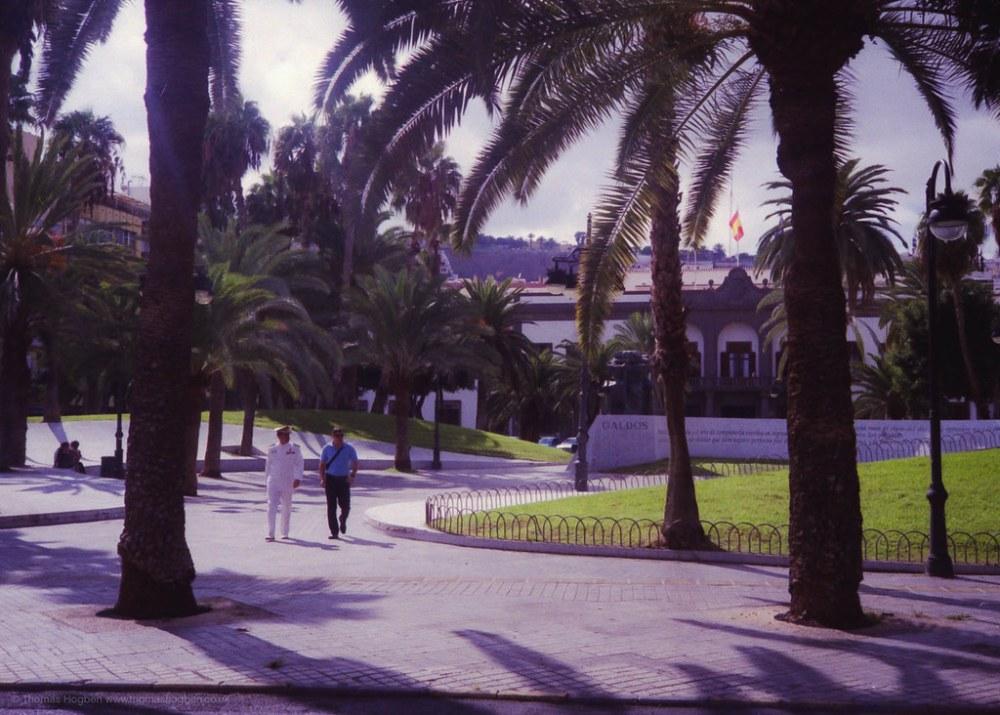 Gran Canaria - Captain in the park