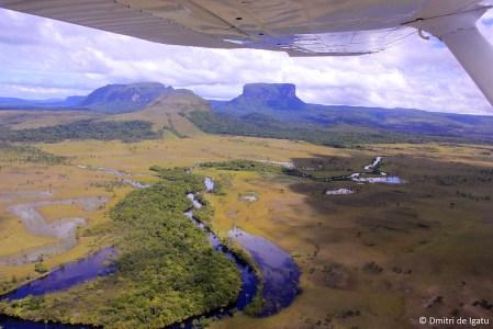 Foto aérea de canaima