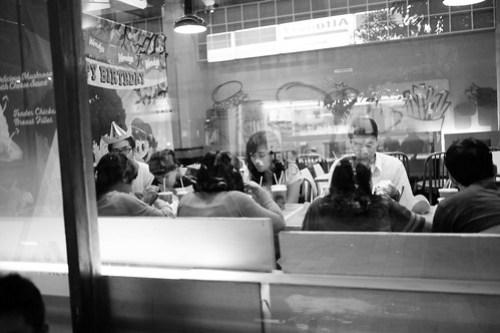 Birthday party Dinner with family at Braga Street, Bandung, Indonesia #streetphotography #captureonstreet #terfujilah #fujifilm #braga #bragabandung #bandung #jalanjalanbandung #bandungstreet