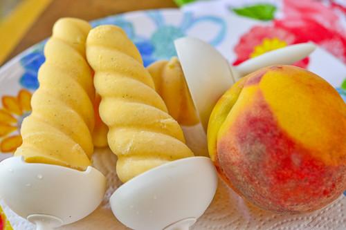 Peach-Vanilla Cream Pops 057