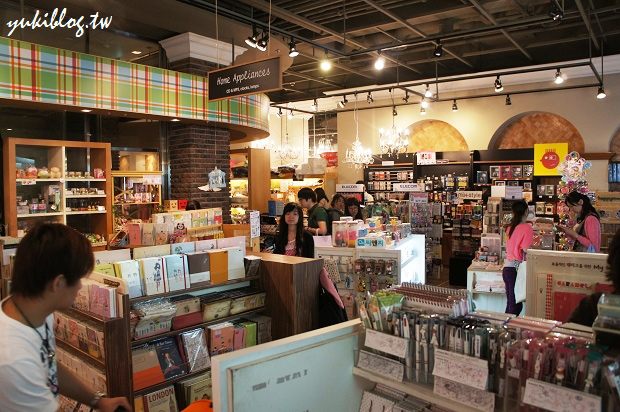 [2011韓國‧首爾行2+1]*13*梨大‧粉色高跟鞋 ~ koseny 精緻小物雜貨文具店(有戰利品) Yukis Life by yukiblog.tw