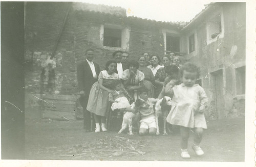 Familia Catalan en el Planillo. Cirilo, Carmen, Mª Pilar, Purificacion Asin.