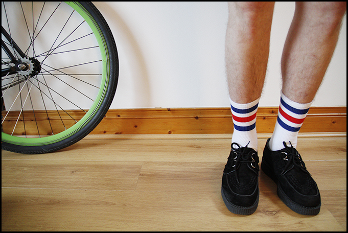 Tuukka13 - Testing - Black Shoes With Striped Socks - Prada, McNairy and Underground Creepers - 5