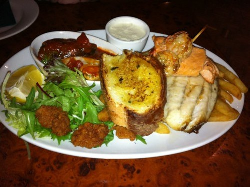seafood platter at the mighty quinn