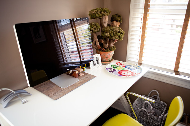 6090380191 2246ff8c13 z LA Home Office by Garrett Murray | Featured Workspace