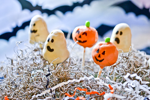 Halloween Cake Pops 1