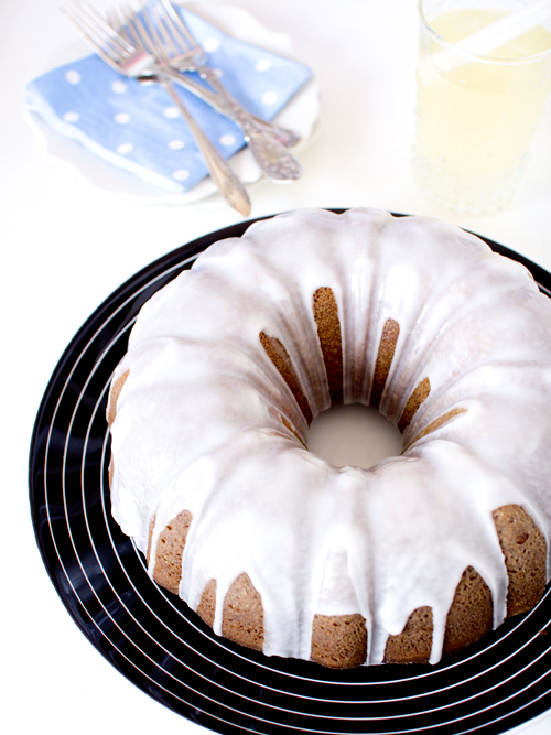 ginger beer bundt cake
