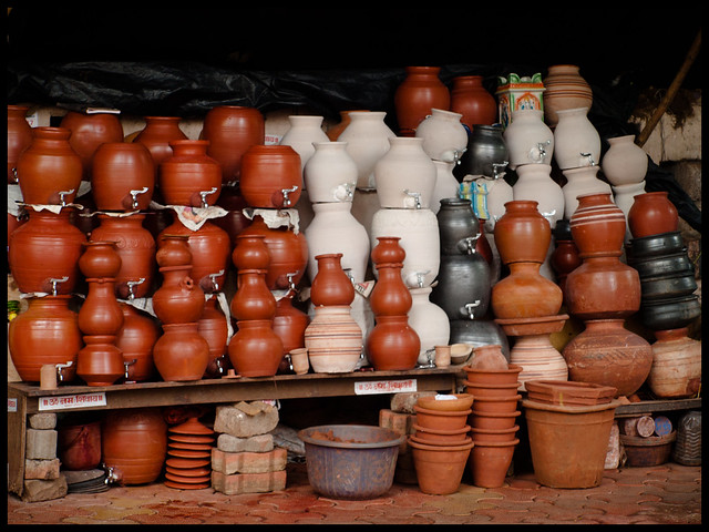 30 day Project Day 19 - the earthenware seller