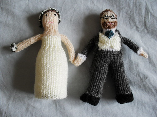 The knitted wedding cake topper