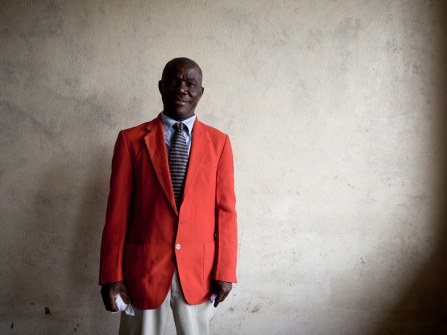 20110807_liberia_church_394.jpg