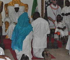 """Mr. Godwin Obaseki, Edo State Governor-elect and his wife, Betsy, kneel for royal blessings before the Crown Prince of Benin Kingdom, His Royal Highness, Prince Eheneden Erediauwa, Edaiken N'Uselu, durin • <a style=""""font-size:0.8em;"""" href=""""http://www.flickr.com/photos/139025336@N06/29498330574/"""" target=""""_blank"""">View on Flickr</a>"""