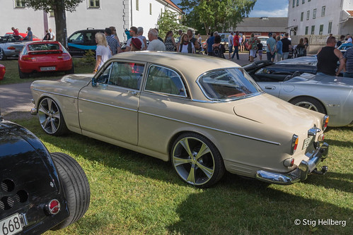 """Volvo Amazon • <a style=""""font-size:0.8em;"""" href=""""http://www.flickr.com/photos/54582246@N08/27893791733/"""" target=""""_blank"""">View on Flickr</a>"""