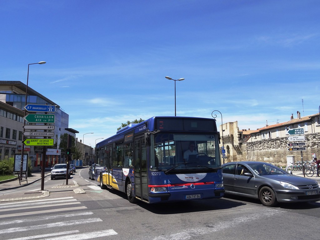 Cavaillon Avignon Bus The World S Best Photos Of Avignon And Bus Flickr Hive Mind