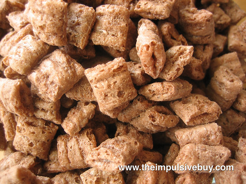 Cap'n Crunch's Chocolatey Crunch Closeup