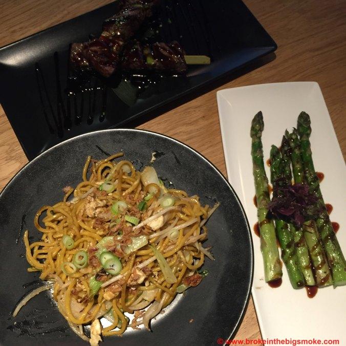 Chi Kitchen noodles asparagus beef